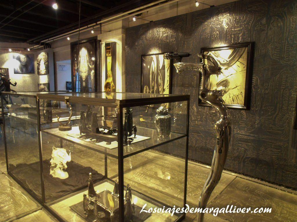 Museo HR Giger en Gruyeres - Los viajes de Margalliver